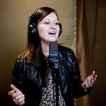 wokalistka zespołu muzycznego